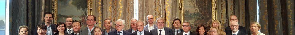 Signature de la charte pour l'accueil des grands événements à Paris dans les salons de l'Hôtel de Ville