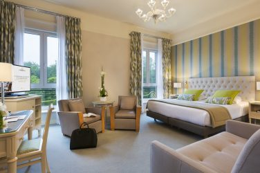 Une chambre de l'hôtel Westminster Barrière au Touquet
