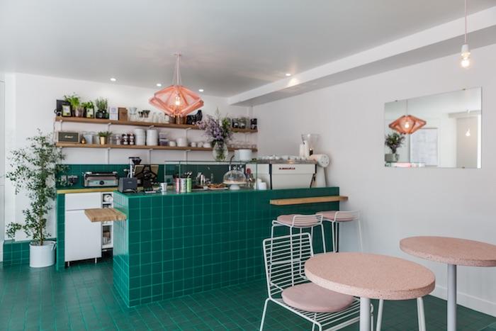 Petit-déjeuner Peonies café fleurs paris