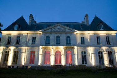 château de longchamp nuit