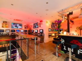 Reset Bar gamins jeux vidéos arcades paris événement