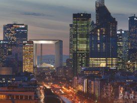 Paris La Défense building quartier d'affaires