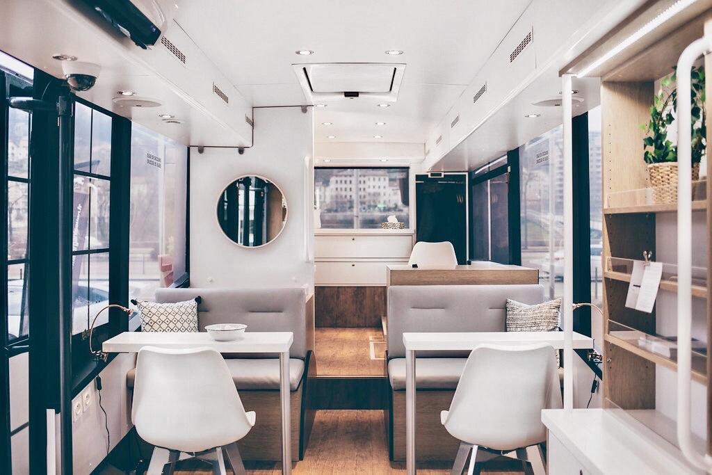 Espace LINE - Arriere bus