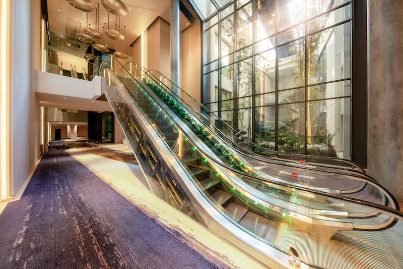 One Monte-Carlo Foyer